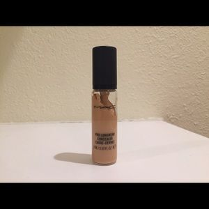 MAC Cosmetics Pro Longwear Concealer NC25